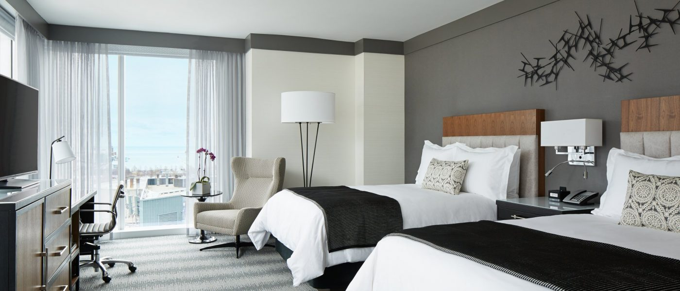 Luxury hotel rooms in downtown chicago loews chicago hotel for Rooms in chicago
