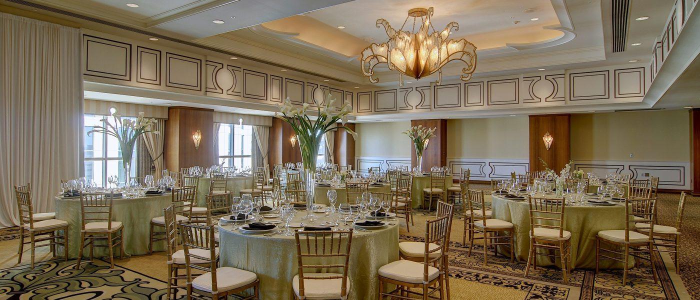 downtown new orleans wedding loews new orleans hotel. Black Bedroom Furniture Sets. Home Design Ideas
