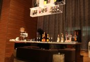 Releve Champagne Bar