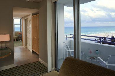 Hotel Rooms Amp Suites In Miami Beach Loews Miami Hotel South Beach Fl